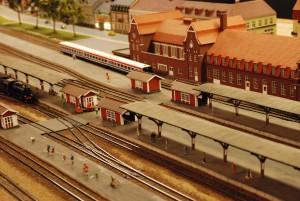 Värdefulla kulturmiljöer kan beskrivas i ett kulturmiljöprogram, här Hässleholms station i modelljärnvägens version. Foto: Urban Önell