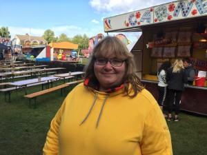 Jeanette Junge konstaterade att Vinslövsdagarna trots dåligt väder sålt lika många biljetter till kvällsprogrammen. Foto: Berit Önell