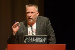John Bruun talade om ockerprisl och ville inte att kommunen skulle köpa Mariagården för nio miljoner kronor. Foto: Urban Önell
