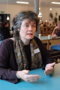 Kommunens anhörigstrateg Stina Lindén hoppas att Anhörigforum har lett till att fler fått upp ögonen för anhörigas situation. Foto: Urban Önell