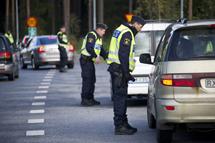 Polisen får prioritera ner en del av sitt ordinarie arbete för att arbeta med flyktingmottagning. Foto: Polisen
