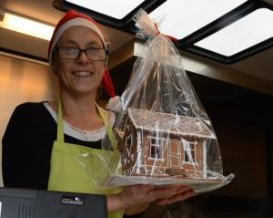 Anneli Idman är på Skånejul för första gången med sina pepparkakshus och vegetarisk mat.
