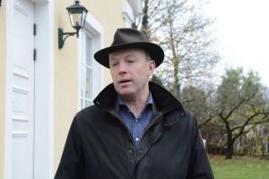 Kommunalrådet Mats Sturesson var stolt över att kunna berätta om den första anslutningen till kommunens fibernät.