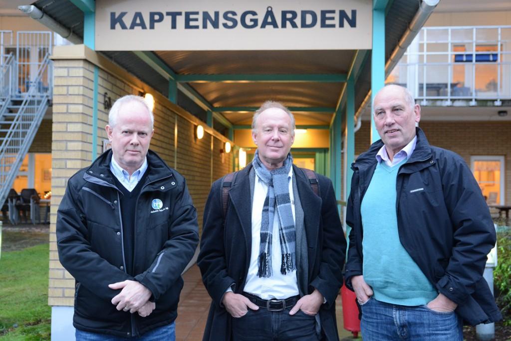 Alliansen valde en lokal på äldreboendet Kaptensgården för att presentera ett nytt budgetförslag med större tillskott till omsorgsnämnden., från vänster Pär Palmgren (M), Karl-Erik Boo (L) och Robin Gustavsson (KD). Foto: Berit Önell