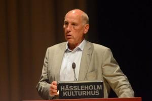 Robin Gustavsson (KD) samordnar frivilliginsatserna kring boendet i valstugorna. Foto: Urban Önell