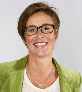Omsorgschef Annika Andersson föreslår besparingar på nära 16 miljoner kronor. Foto: amtryck.se