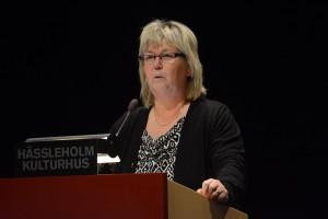 Kommunstyrelsens ordförande Lena Wallentheim (S) säger att budgeten måste hållas. Foto: Urban Önell