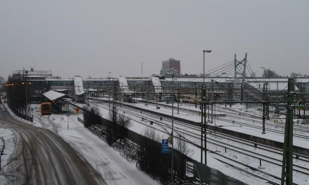 Hässleholm har goda chanser att få bygga ut stationsområdet med en höghastighetsstation. Men det garanterar inte att höghastighetstågen stannar. Foto: Jonathan Önell
