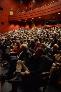 Båda föreställningarna fyllde röda salongen.