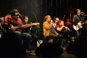 Glädjebandet med fyra solister gladde publiken.