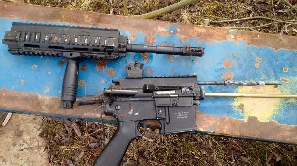 Vapenfyndet gjordes vid röjning efter ett tiggarläger på Göinge Bils mark i Hässleholm. Foto: Privat