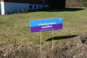 Cirka 100 fastigheter i Stoby har beställt fiber av Telia.