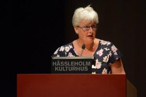 Lena Nilsson (S), ordförande i socialnämnden varnade för att reglerna kan komma att ändras så att kommunerna bara får statsbidrag för flyktingbarn som kan placeras i den egna kommunen.