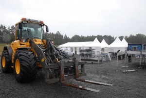 Här arbetas det intensivt inför festivalen. Foto: Emil Önell