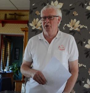 Agne Nilsson, marknadsgeneral sedan mer än 40 år, håller i trådarna.