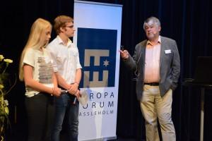 Siri Müller och Per-Emil Hansson från internationella programmet på HTS ställde frågor om pressfrihet till Otmar Lahodynsky.