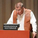 Björn Widmark FV) fick inte genom motionen om att riva upp fiberprojektet. Tillsammans med övriga oppositionen röstade han dock ner den styrande minoriteten i två ärenden som rörde kritik av revisorerna.