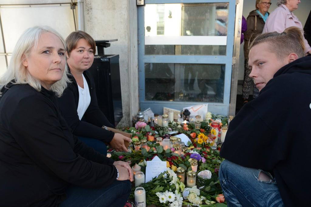 Ingela Hansson, ordförande i föreningen Hemlösa i Hässleholm, till vänster, var nöjd med manifestationen.