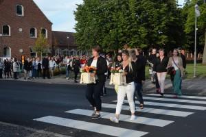 Manifestationen ringlade sig från kyrkan till resecentrum.