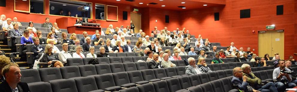 Cirka 200 deltagare i snitt är anmälda till årets Europaforum. Den första programpunkten levde dock inte riktigt upp till det. Foto: Berit Önell