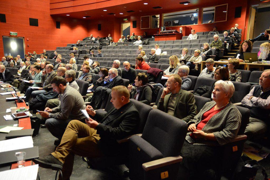 Stämningen var inte på topp bland socialdemokraterna på måndagens budgetfullmäktige.