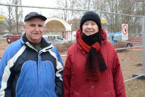 Gösta Andersson och Gunvor Engkvist beklagade att paviljongen nu rivs.