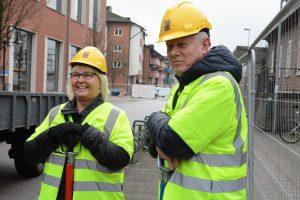 Kommunalråden Lena Wallentheim S) och Pär Palmgren M) var glada att ombyggnaden kom igång efter flera års diskussioner.