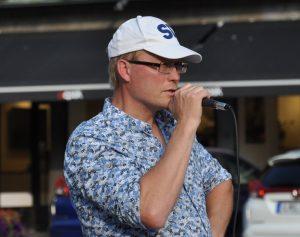 Kommunalrådet Ulf Erlandsson (SD) försvarar sig mot rasistanklagelserna.