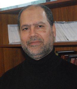 Inga extrema personer får medverka i moskén, betonar Ismail Dirragi.