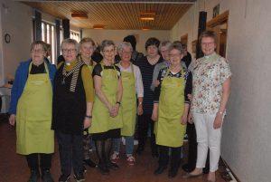 Det behövs många frivilliga som hjälper till för att Diakonijouren ska kunna hålla öppet. Verksamheten leds av diakonerna Jenny Magnusson och Ann-Louise Persson samt diakoniassistent Eva Tingdahl.