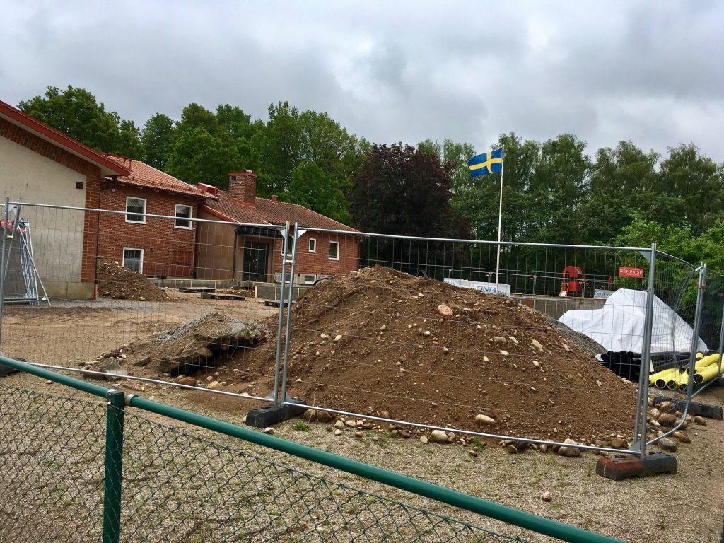 Den pågående ombyggnaden av Västra Torups skola har orsakat en del stök, men både barn och personal ser fram emot att den ska bli färdig och både förskola och skola få mer utrymme.