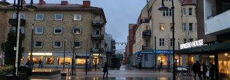 19-åringen döms för mordförsök på Stortorget – Psykundersökning avgör straffet