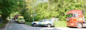 Olagliga kemikalier i brandskadat hus Polisens bombskydd på plats