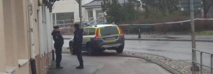 Boende evakuerades efter larm om farligt föremål vid bil Utreds som försök till mord