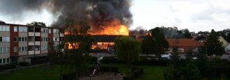 Varningsmeddelandet till allmänheten sändes inte ut vid branden