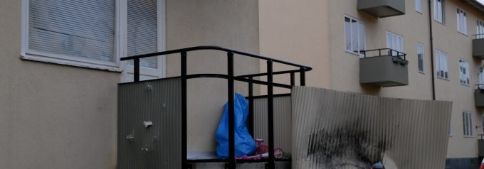 Ett och ett halvt års fängelse för balkongsprängning